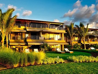 PAHO 3BR Paradise Beach Premium (Ground & 1st), Pointe d'Esny