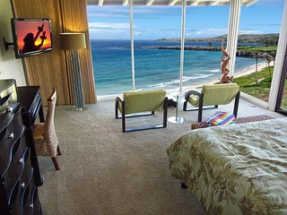 Kapalua Bay Villa Stunning Gold Beachfront Penthouse!