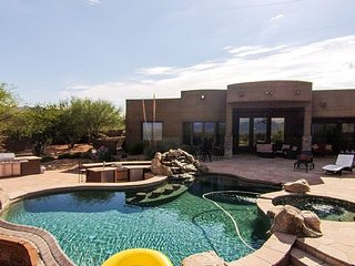 Luxury N. Scottsdale Retreat - w/ pool, AC, golf, spa, private, party ok  - ID