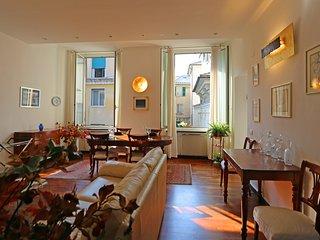 Vandra - elegant apartment in the city center., Genoa