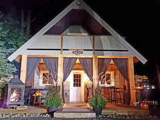 The Sugar Shack - Romantic Cottage for 2