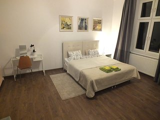 Freshly refurbished 2 bedroom Kazimierz Apartment, Cracovia