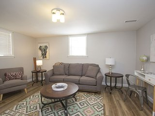Fully Furnished 1 Bedroom Apt #5, Sioux Falls