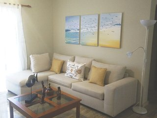 Villa Sunset apt 2BR-2BR, Wifi/Pool, private beach (1.2km walk)