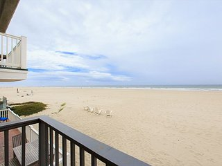 4153 O Hollywood Sands Ocean Front Hollywood Beach, Oxnard