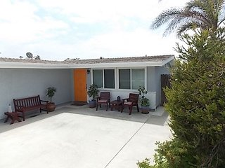1064 D - Lovely Home at Pierpont Beach!!, Ventura