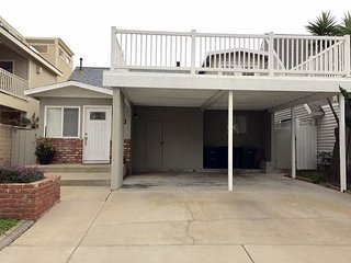 140 H-The Foghorn Fun House Pet Friendly, Oxnard