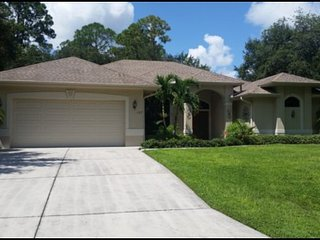 Gorgeous four bedroom, three bathroom, with optional electrically heated pool and spa., Port Charlotte