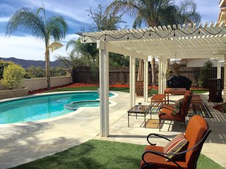 Gorgeous Vacation Home In The Heart Of Wine Country - Pool/Spa, Game Rm, firepit, Temecula