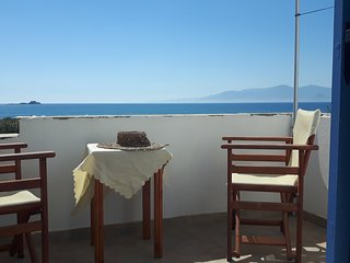 Plaka naxos double studio on the beach