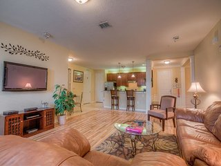 With a spectacular lake view, this two-bedroom condo is just waiting for you!