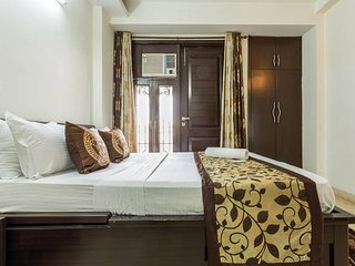 Elegant 3 Bedroom Apartment in Saket, New Delhi