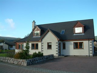 Craigmore Lodge in Aviemore 5 bedroom with hot tub