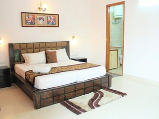Defence Colony - Trendy 2 Bedroom Apartment, New Delhi