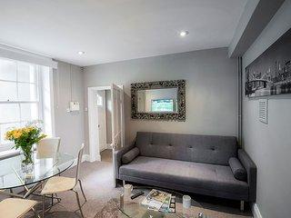 ServicedLets Montpellier Apartments 1, Cheltenham