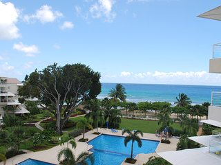 Palm Beach 509 - Ideal for Couples and Families, Beautiful Pool and Beach