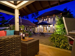 Luxury Private Villa/Pool near Fisherman's Village
