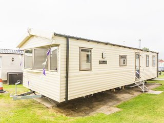 Ref 80048 Fairways 8 berth static caravan at Haven Hopton by the Beach.