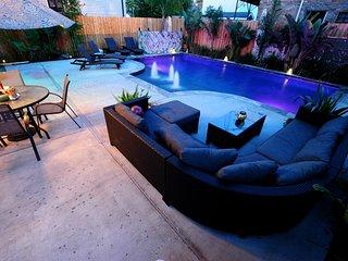 Pool Yard Loung Area