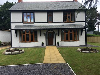 Detached house 4 bed 4 ensuite. An ideal base for families in Snowdonia.