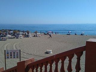 A pie de playa. WiFi. Piscina. Garaje. Bicicletas