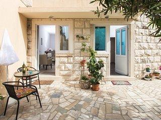 Apartments Banjska - Comfort Studio with Terrace