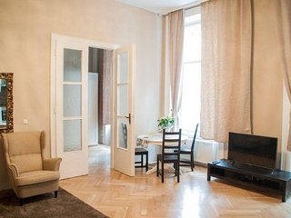 Balcony City Centre 60 apartment in 01. InnereStadt with WiFi, airconditioning, balkon & lift., Viena
