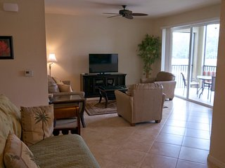 Two bed condo in beautiful Heritage Bay, Naples!