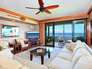 Unit 30 Ocean Front Prime Luxury 3 Bedroom Condo