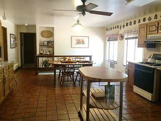 Spacious Blue Lake Springs Home with privacy.Great for a multi-family getaway, Arnold