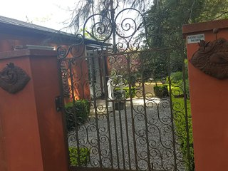 Saint Eloi Guesthouse, Bowral