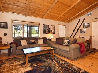 Cedar Pines Cabin, Big Bear Region