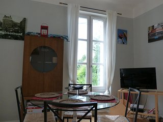 Gambetta Apartment 1
