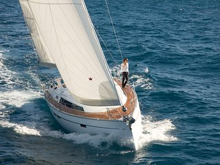 Bavaria Cruiser 46 for charter, Paleo Faliro