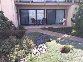 HAPPY DAYS in Solana Beach - Oceanfront 1 BR SBTC101