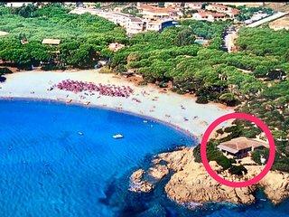 Orosei Cala Liberotto Villa con accesso diretto alla spiaggia