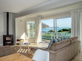 Hout Bay Villa - Beach 100m