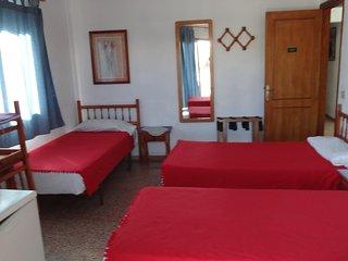 Habitación 201 Pensión Alcalá