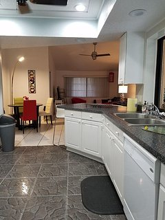 Open concept, modern and well equipped kitchen
