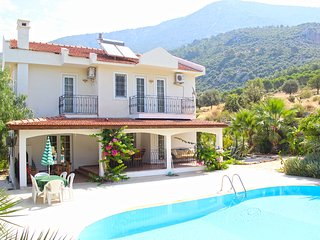 8 bedroom villa for large family holidays
