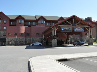 Wyndham Great Smokies Lodge - Memorial Day Week !, Sevierville