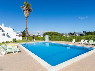The Perfect Place to Stay, Albufeira