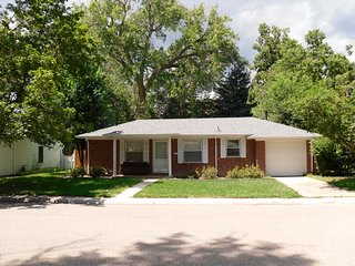 Remodeled Vintage Ranch House Near CSU, Old Town