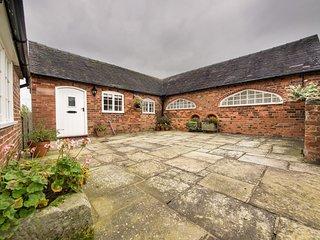 PK827 Cottage in Snelston