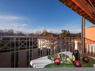 Casa Fiorita, Reno