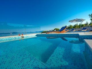 Dubrovnik Riviera Villa with Private Beach & Pools