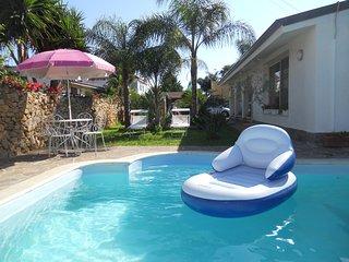 villa con piscina, Cinisi
