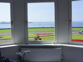 Sandringham Seaview Apartment, Largs