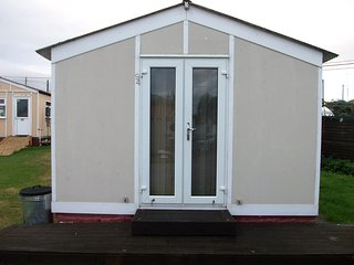 Holiday Chalet 2 Bedrooms Leysdown on sea