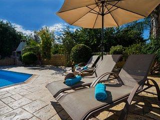 Villa Astro, Argaka, Just 100m from Sea & Taverna
